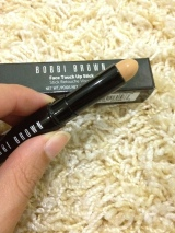Review: Bobbi Brown Face Touch Up Stick (4 Natural)