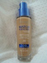 Review: Rimmel Match Perfection Foundation in 100 Ivory
