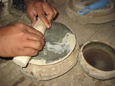 grinding thanakha